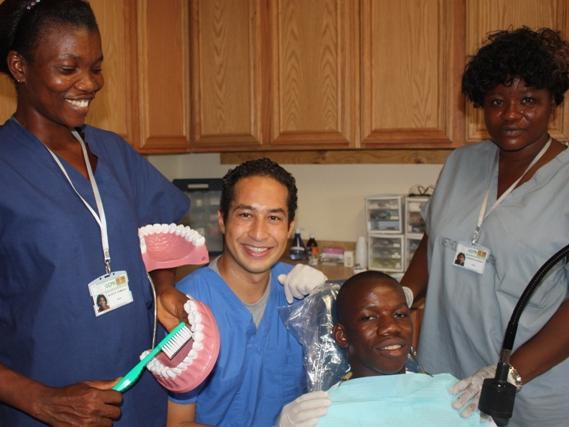 dental clinic1 (3)